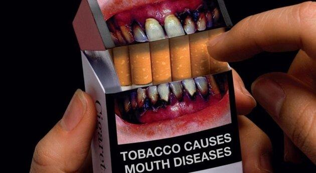 Курящие бояться картинок и надписей на пачках сигарет и просят их убрать