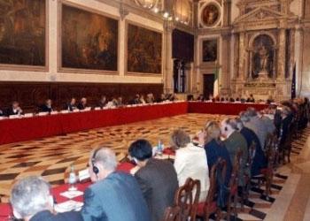 Венецианская комиссия: Изменения законодательства РФ незаконны