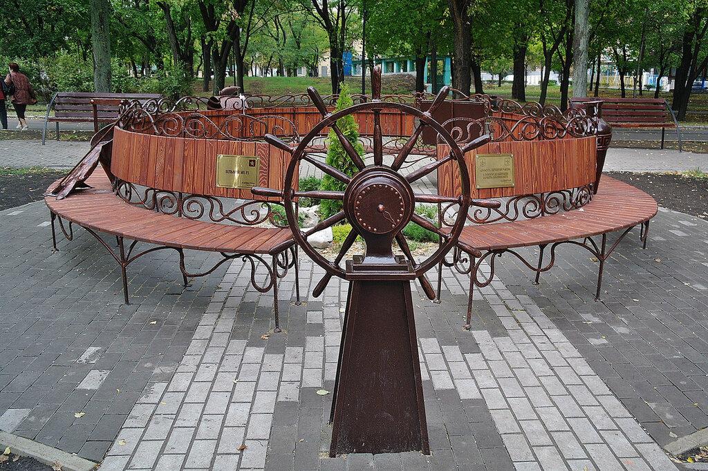 «Штурвал», неотъемлемый символ морского города.
