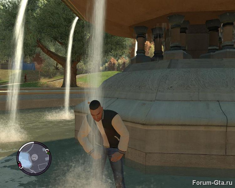 Луис решил искупаться в фонтане