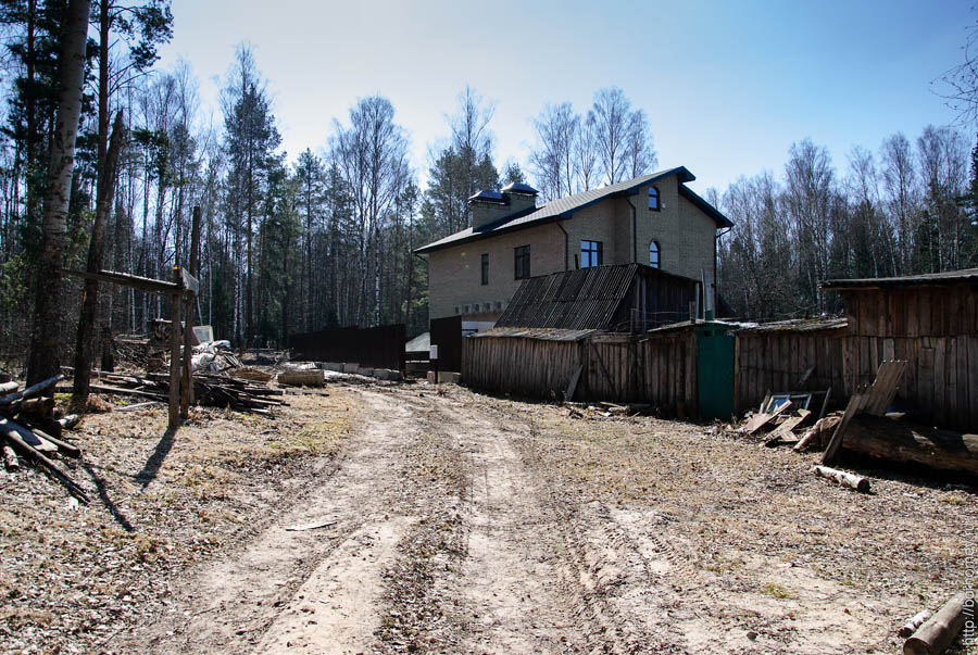 дорога к новому коттеджу на ключевой из леса