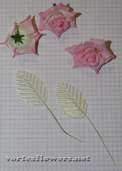заколка с тремя розами