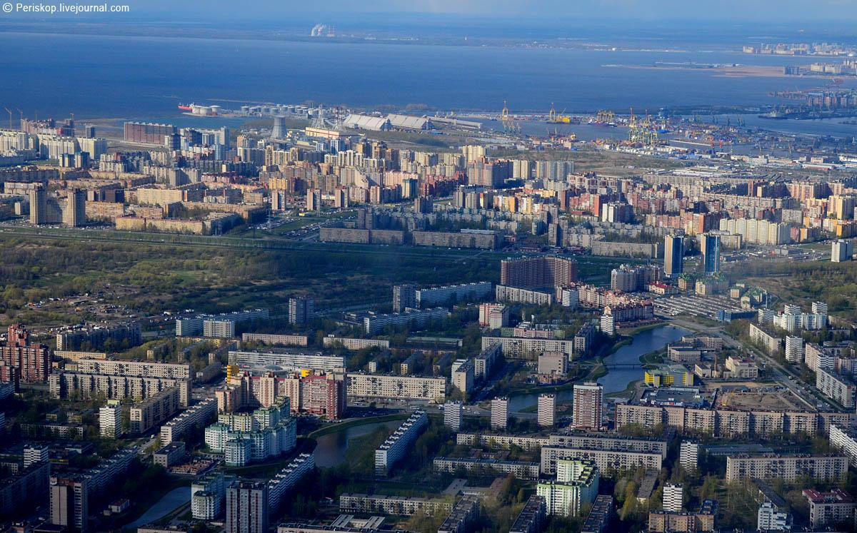 На взлёте. Питерский Юго-Запад с высоты