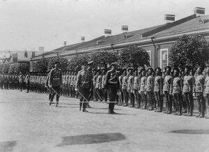 Построение Конно-гренадерского полка в торжественном строю перед  открытием памятника шефу полка , великому князю Михаилу Николаевичу.