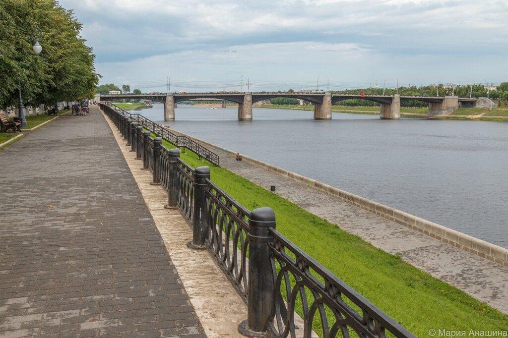 Набережная Степана Разина и Нововолжский мост