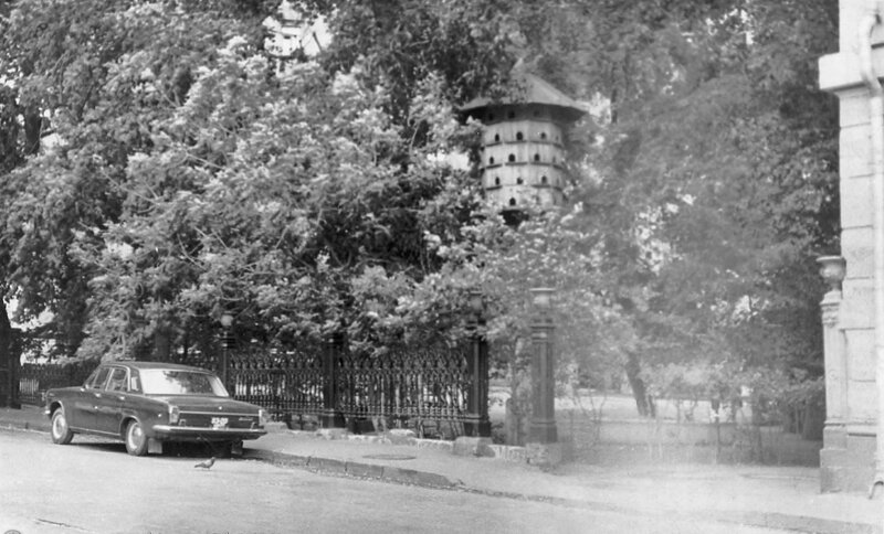 Голубятня на улице Неждановой (Брюсов переулок). Морина Е.В., 1970-е