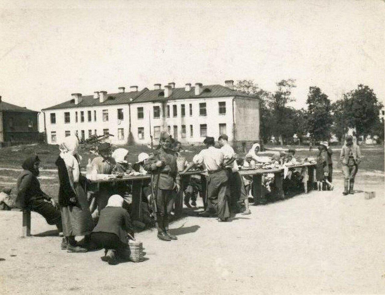 1950-е. Базарчик в военном городке