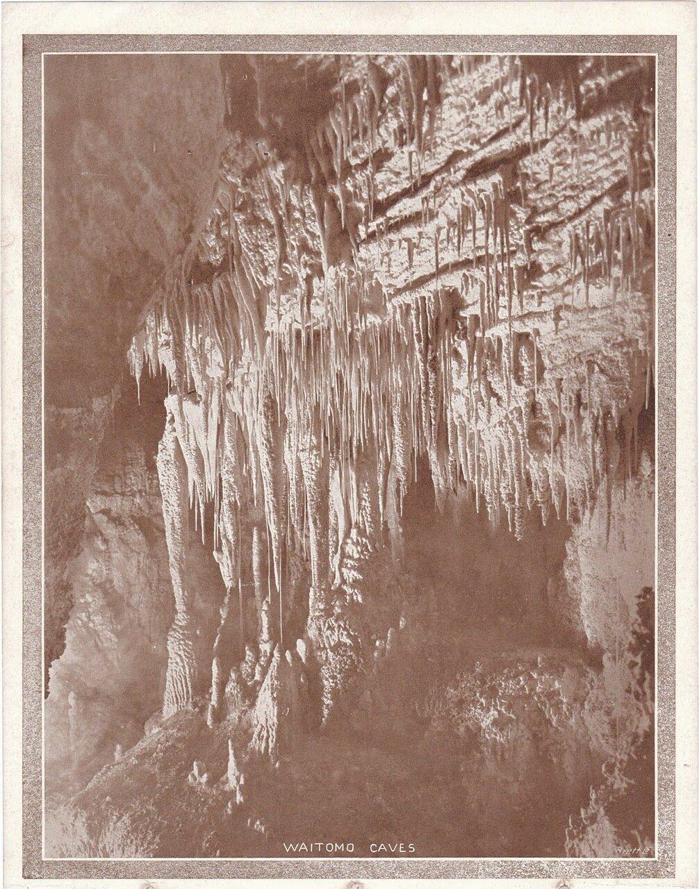 Пещеры Вайтомо
