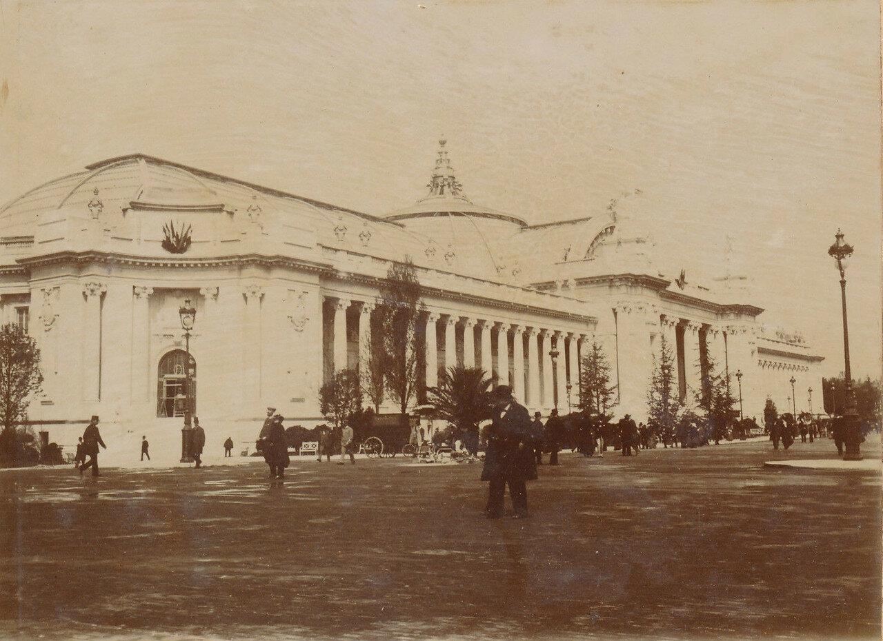 1900. Пти-Пале