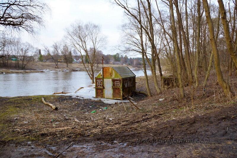 Насосная станция у Москва-реки