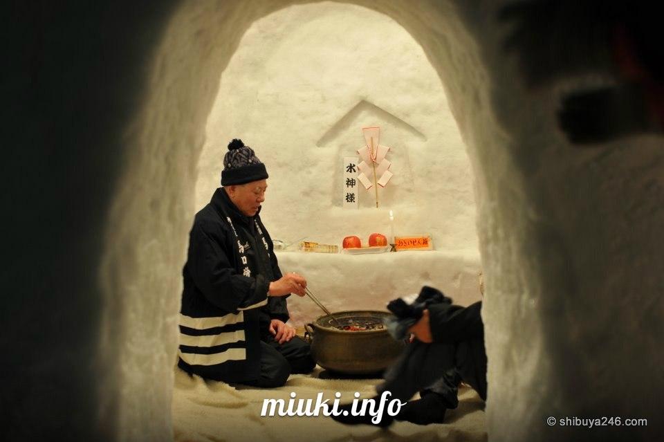 Снежные хижины КАМАКУРА