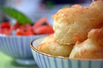 Закуска - пончики петтоле