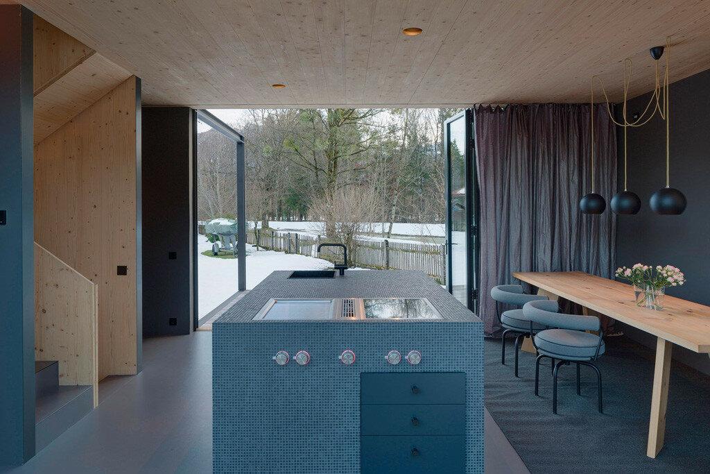 gut_feeling_modern_house_bed_breakfast_bavaria_mountains-14.jpg