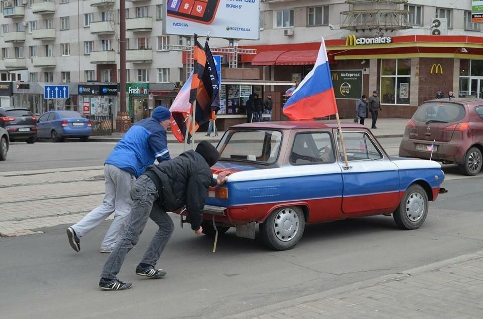 Нано-автомобиль «Рашист»