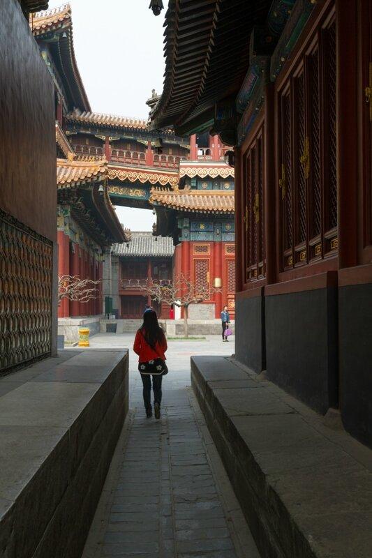 Проходы между павильонами, монастырь Юнхэгун, Пекин