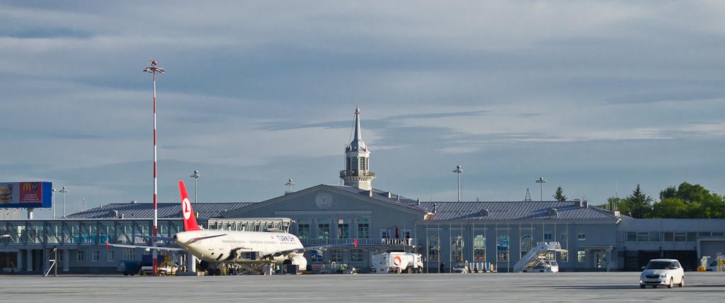 1. Старый аэровокзальный комплекс