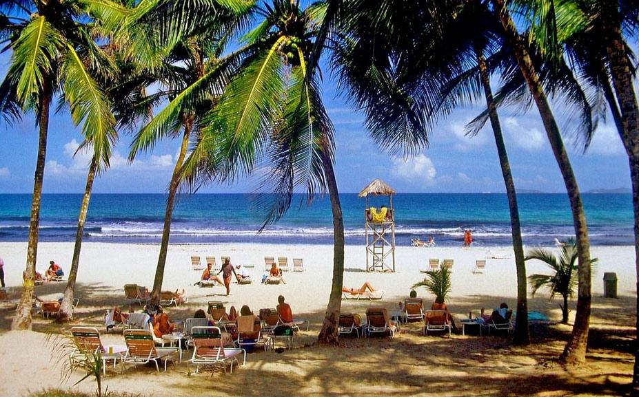 Playa El Agua, остров Маргарита, Венесуэла - десять лучших нудистских пляжей мира / Ten Best Nude Beaches in the World
