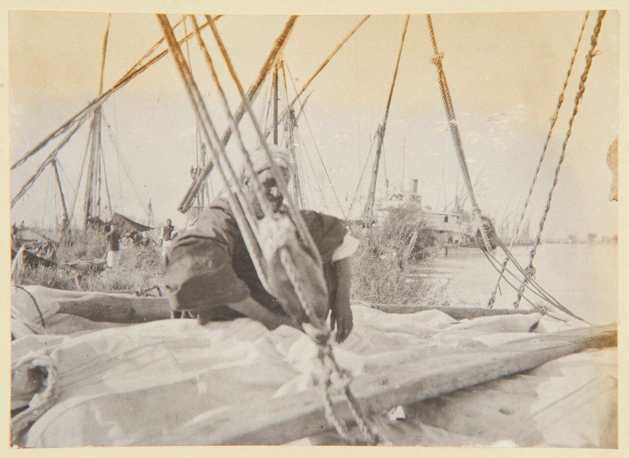 Август 1898. Набережная