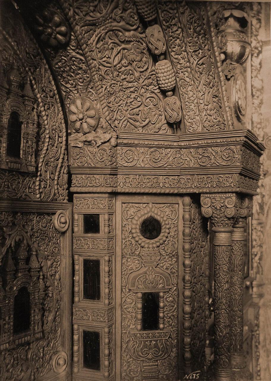 Деталь царских врат в церкви Иоанна Предтечи в Толчкове