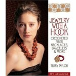 Terry Taylor.Jewelry avec un crochet