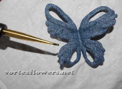 Бабочка из джинсовой ткани. Обработка горячим инструментом (буление).
