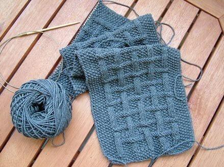 мужские вязаные шарфы и шапки вяжем сети спицы и крючок
