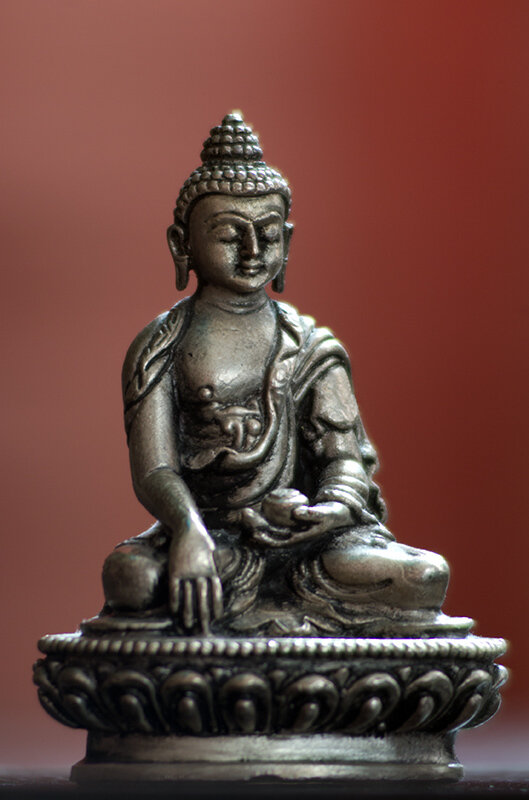 Будда Шакьямуни (Tokina RMC 100-300mm f/5.6)