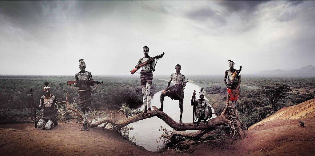 Представители эфиопского племени каро (2)