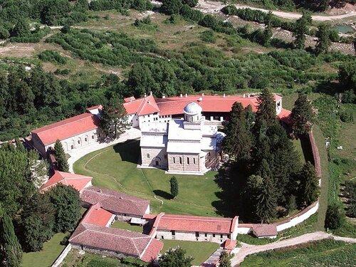 Монастырь Дечаны