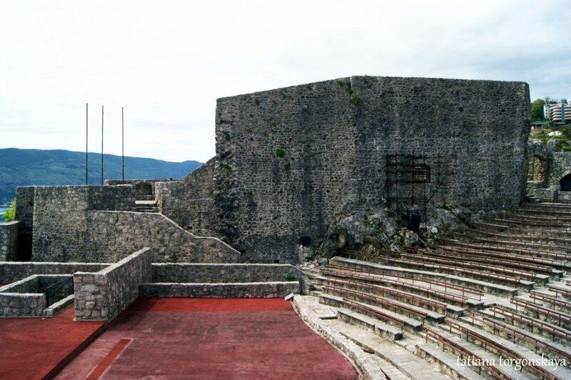 В крепости Канли Кула