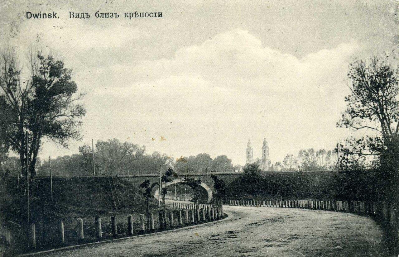 Вид близ крепости