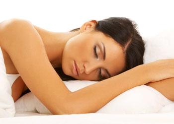 Ученые: Сон помогает сбросить лишний вес