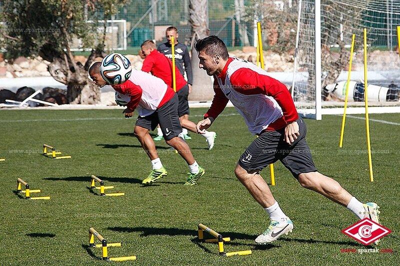 «Спартак» тренируется в Марбелье (Фото)