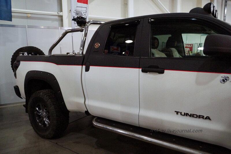 """Toyota Tundra, выставка """"Вездеходы-2014"""", Москва"""