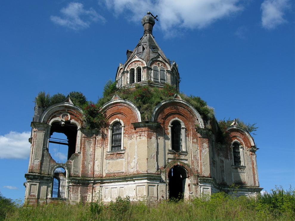 Церковь Николая Чудотворца в деревне Гурьево-Воскресенское, Тверская область