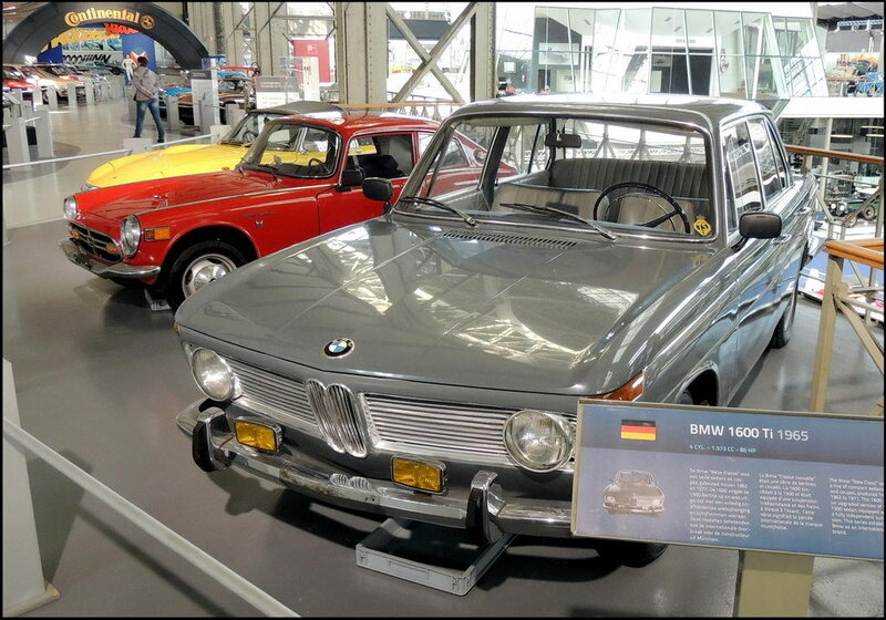 Autoworld 8301 BMW 1600Ti 1965
