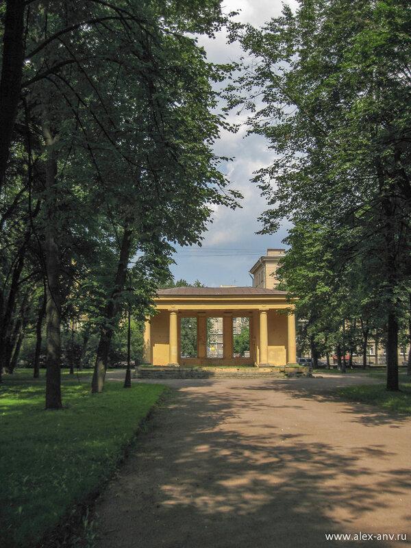 Московский парк Победы. Северный вход в парк.