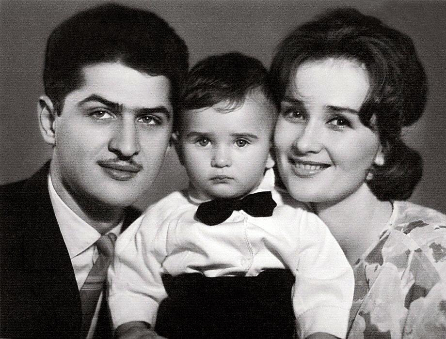 стаса бондаренко родители фото