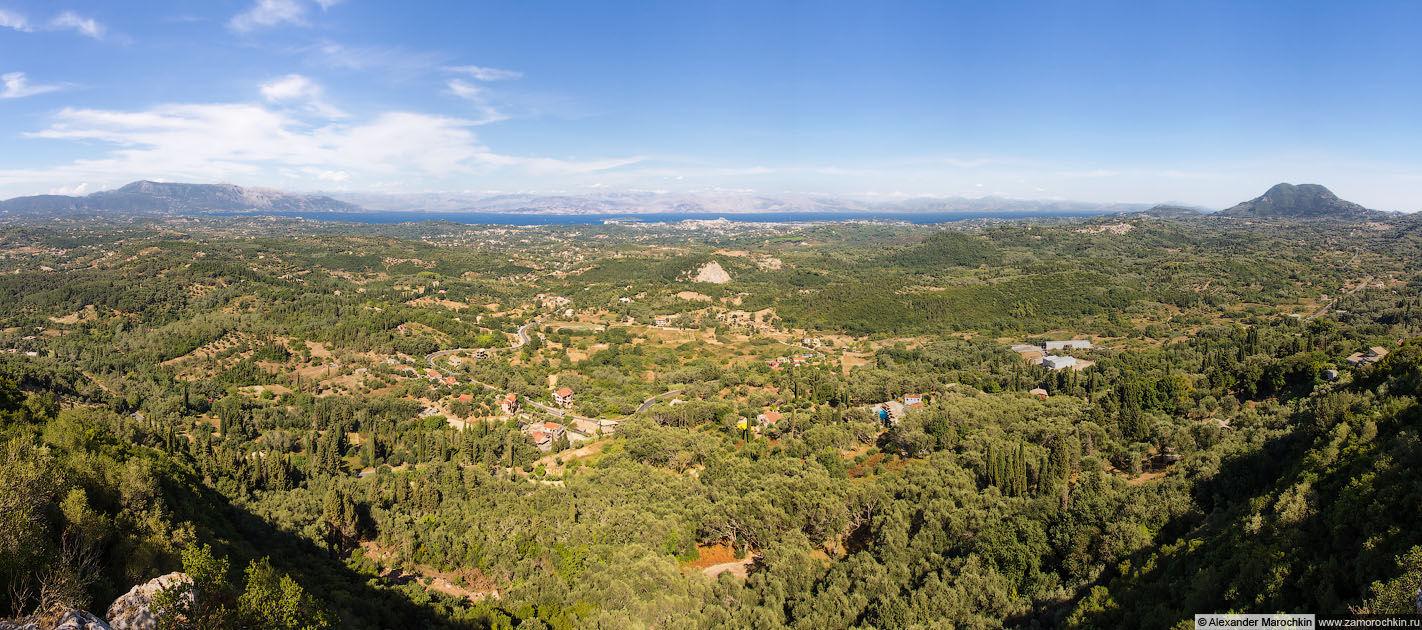 Панорамный вид с обзорной площадки Трон Кайзера (Корфу)