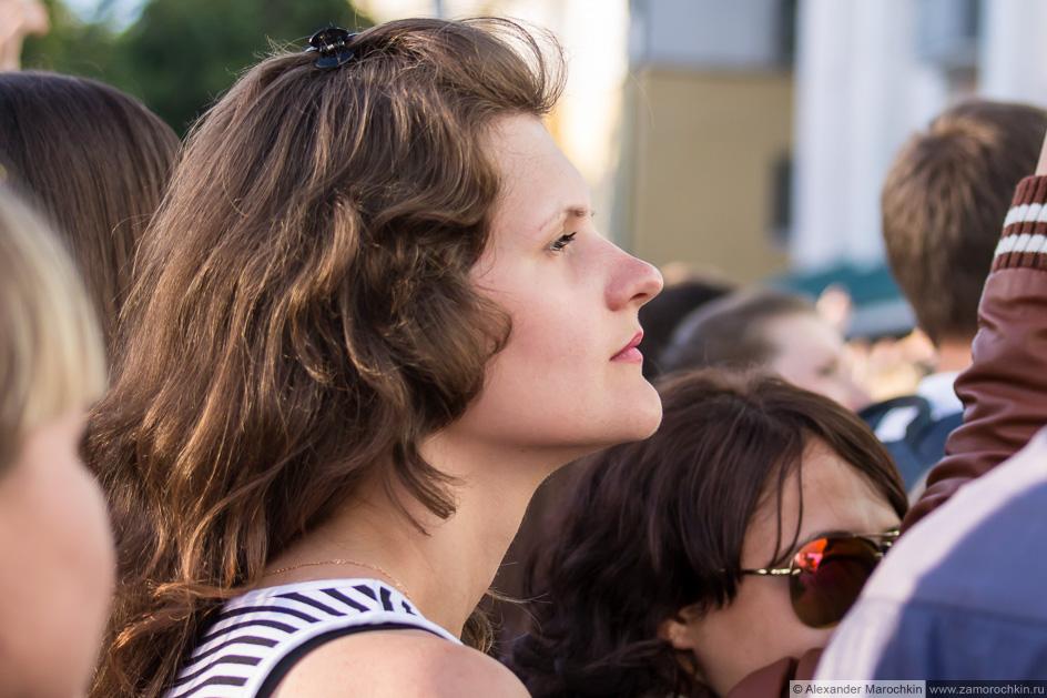 Женский профиль (зрительница на фестивале FIFA Fan Fest в Саранске)