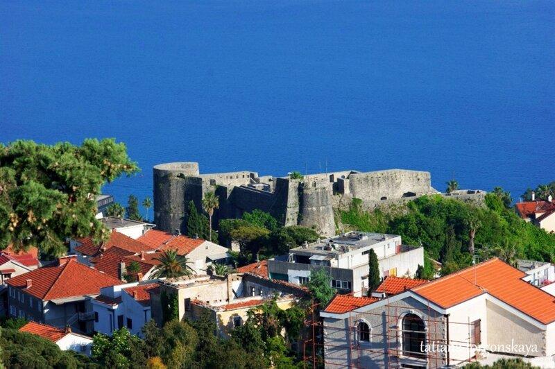 Канли Кула (вид с крепости Шпаньола)