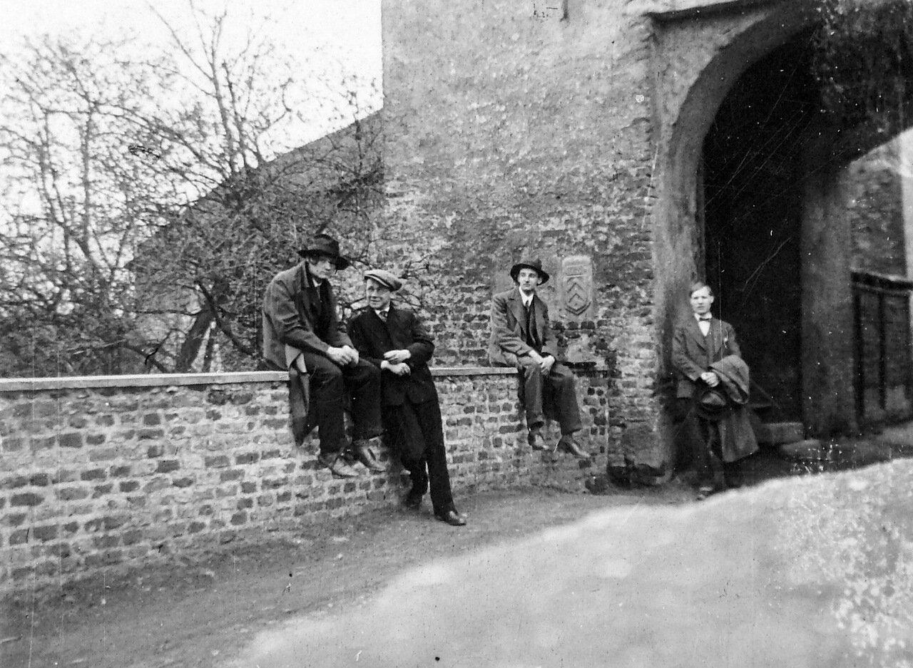 1932. Где-то в Германии