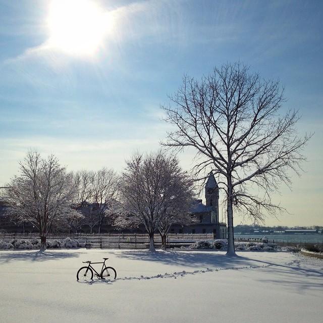 Герой мобильной фотосессии — велосипед