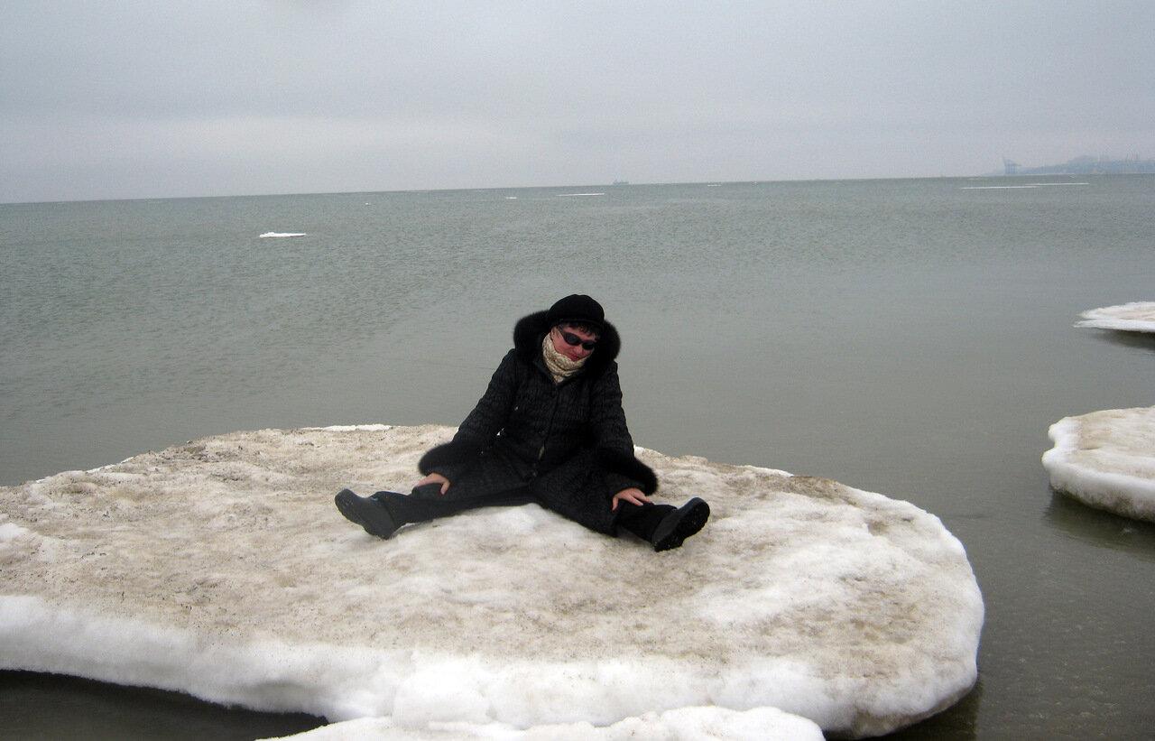 строгим картинки человек на льдине жакет дополнит ваш