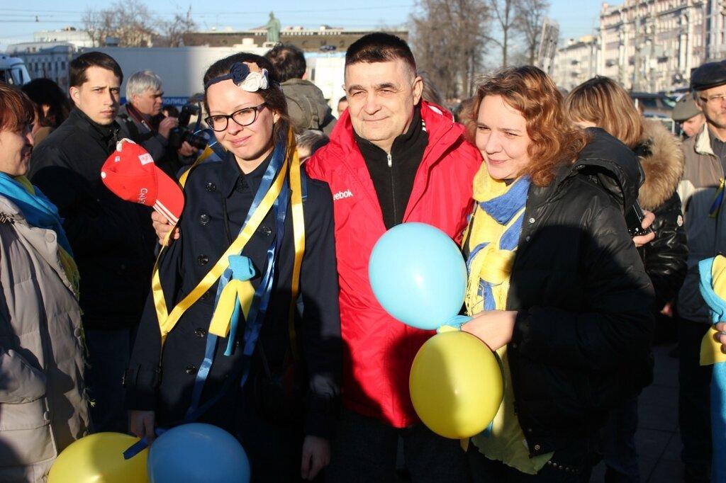 Пикет против военного вторжения в Украину