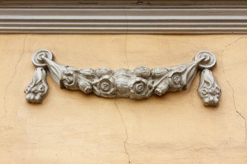 Деталь дома на Большой Ордынке