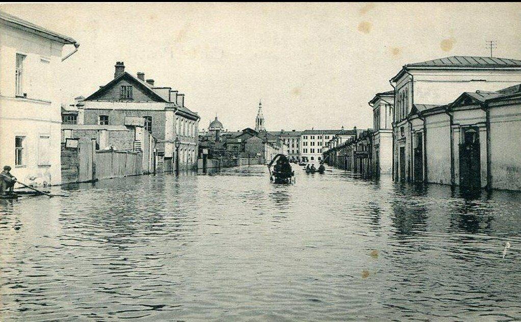 Наводнение 1908 года. Вид от Соляного Двора на Болото