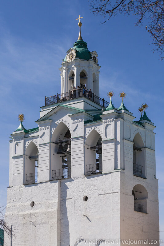 Звонница с церковью Печерской иконы Божией Матери Спасо-Преображенского монастыря. Ярославль.