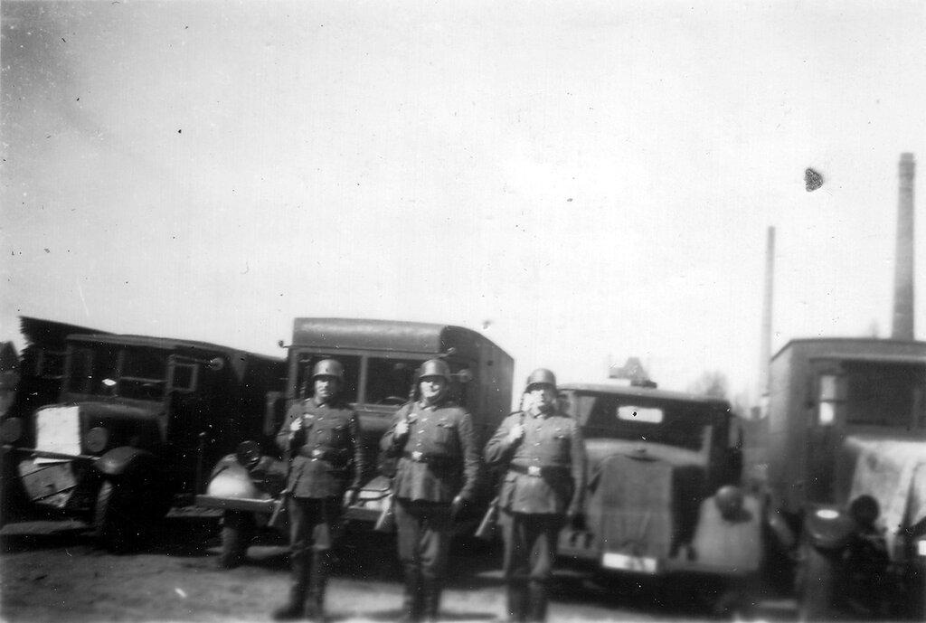 1941-1944 049