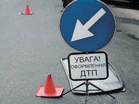 В Запорожье водитель маршрутки насмерть сбил человека